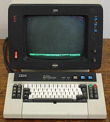 现实中FBI探员使用的办公电脑