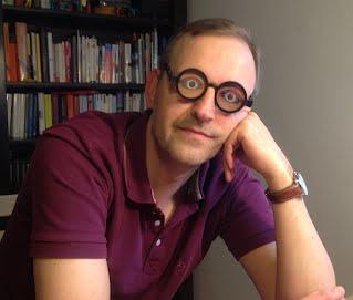 图1:适当的带一个眼镜,你可以在会议中闭上眼