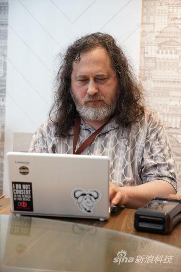 """""""自由软件之父""""理查德·斯托曼(Richard Stallman)"""