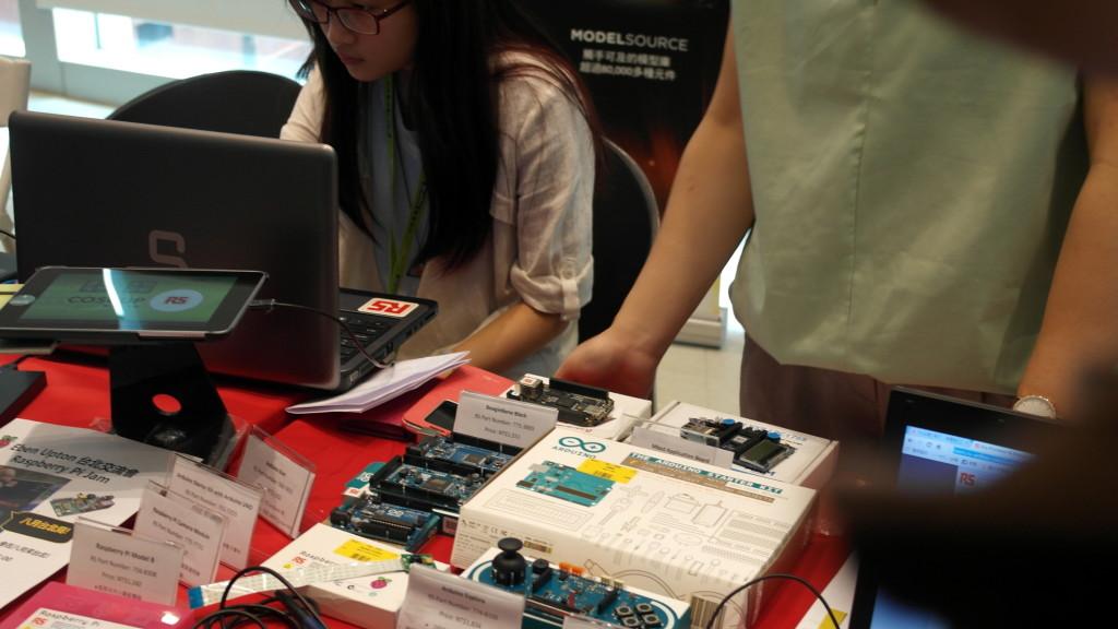 现场售卖开源硬件产品