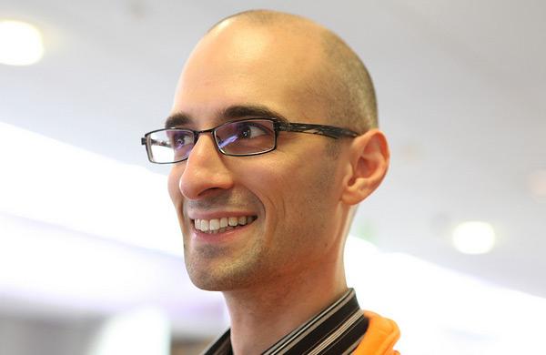 作者 Nicholas C. Zakas 是全世界最著名的 JavaScript 程序员之一。