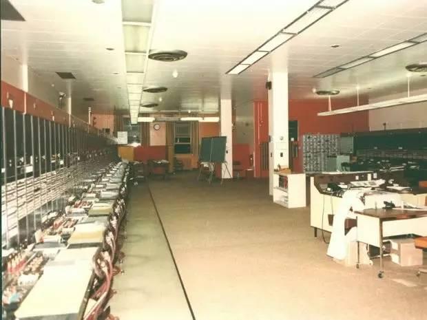 第一家使用电子表格软件的公司:贝尔加拿大公司,1969年