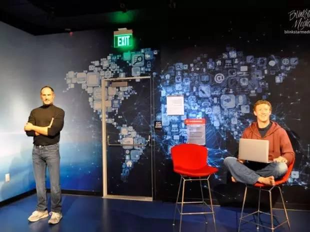 第一家在Facebook上兜售社交广告的公司:苹果,2005年