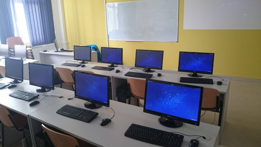 Computer lab in Serbia powered by Fedora