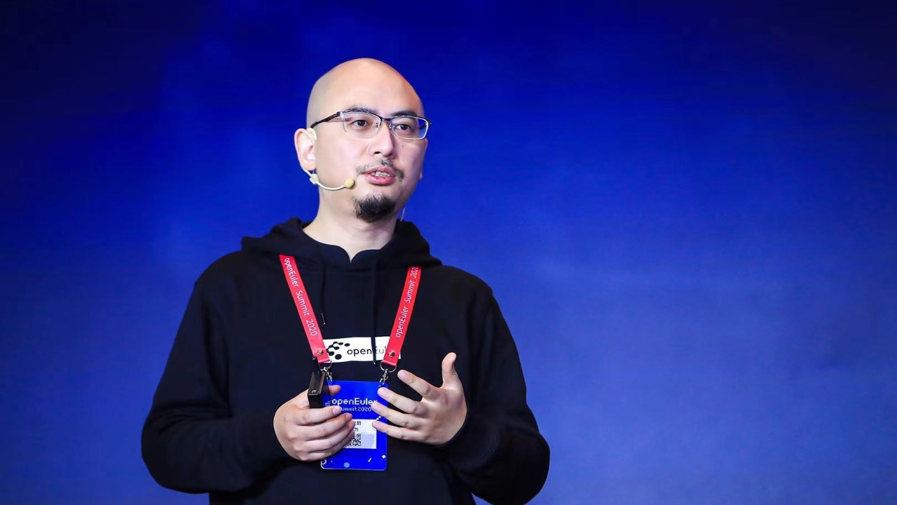 openEuler 技术委员会主席胡欣蔚