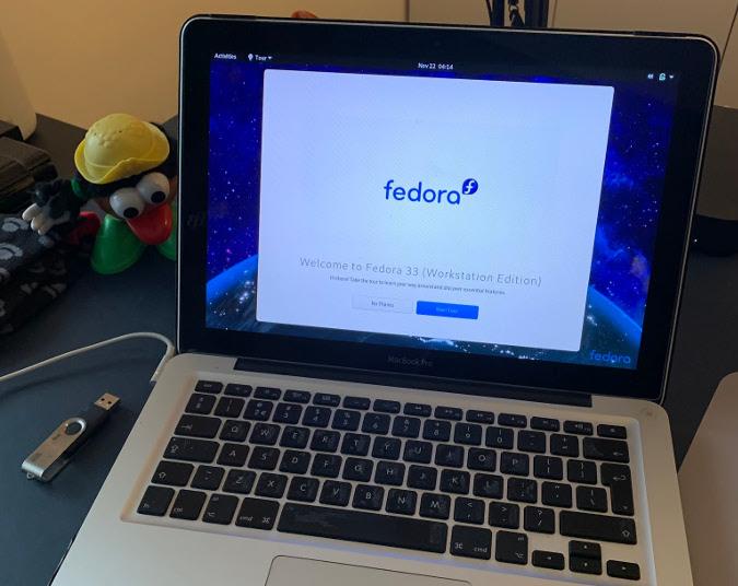 在 MacBook Pro 上安装 Fedora