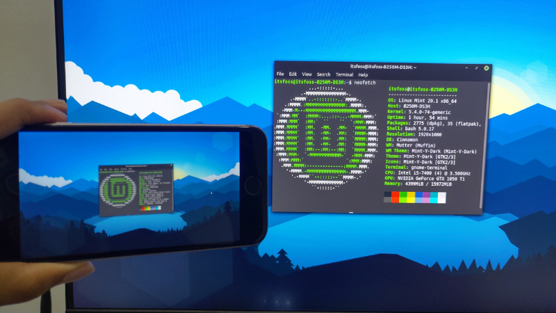 我把我的 Linux Mint 桌面镜像到我的 Android 手机上